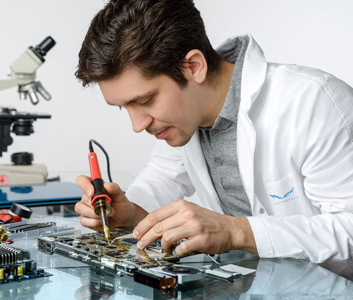 TECHNOPATH Service Engineer